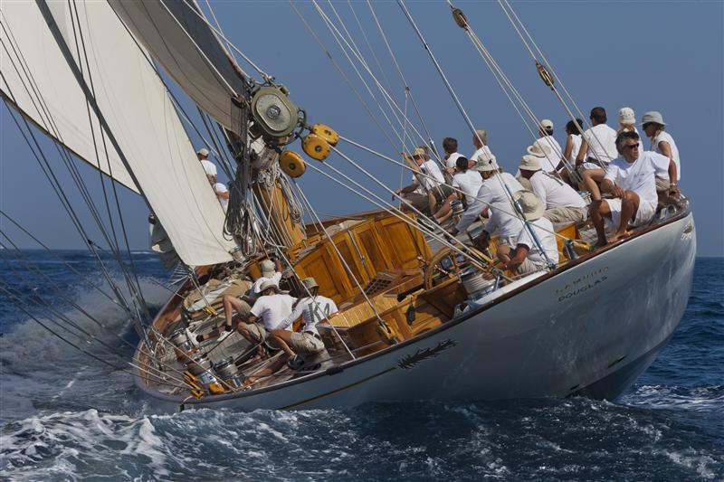 provence-centre-saint-tropez-sailing-race